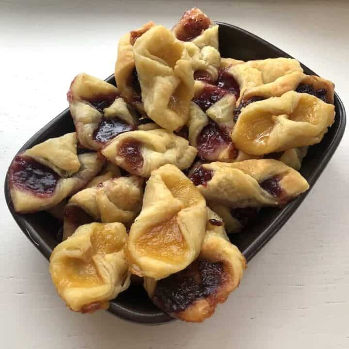 Easy Kolacky Recipe - Polish Christmas Cookies You Need To Try!