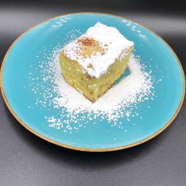 Fluffy Sponge Cake With Apples Recipe